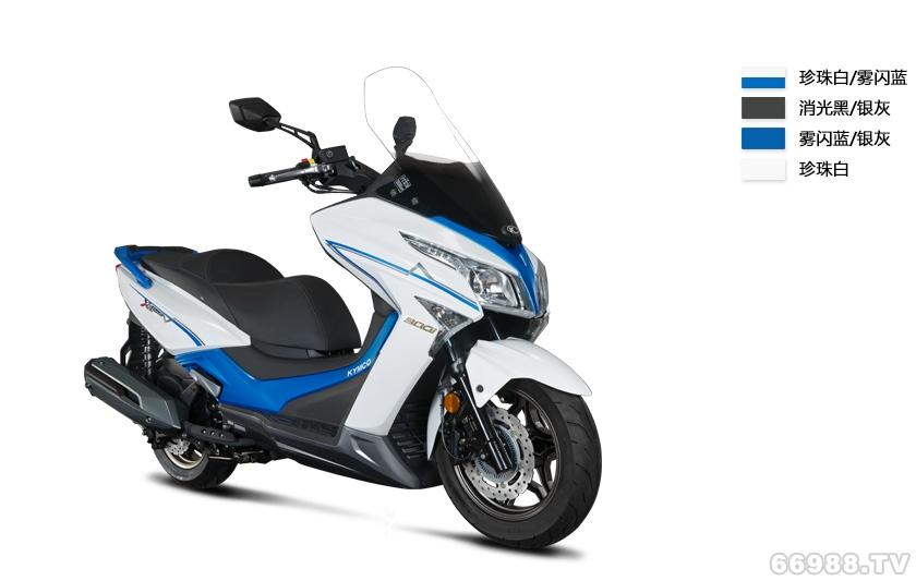 光阳Xciting 300i摩托车