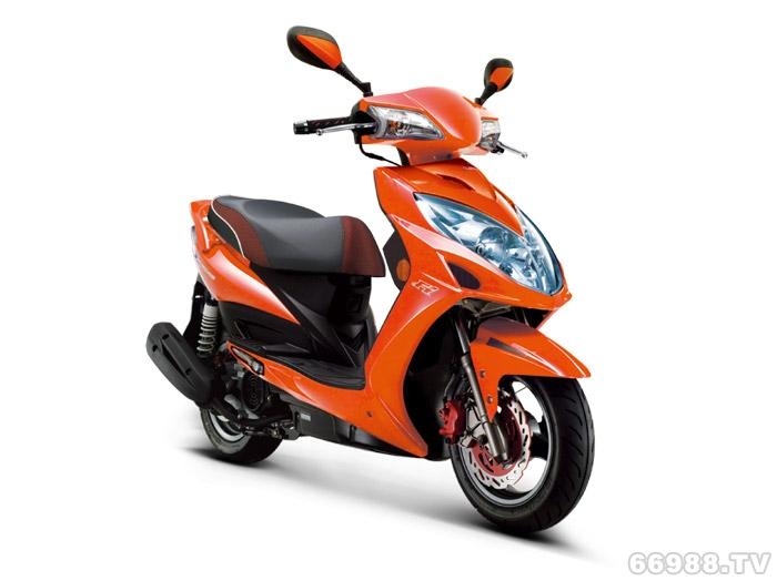 光阳弯道情人125Fi摩托车