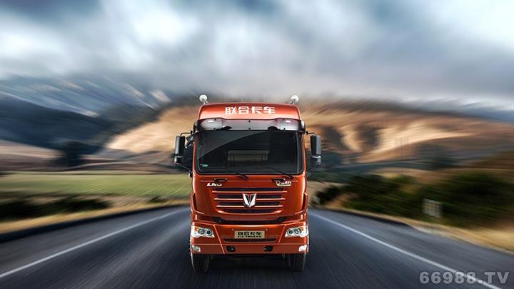 V平台6×2标载型牵引车(柴油版)