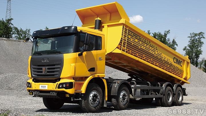 U平台8×4标载型自卸车(柴油版)