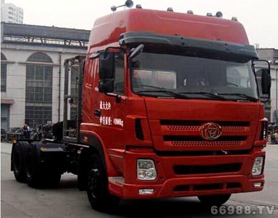 国Ⅴ 6×4 LNG燃气 STQ4251L10N5S5型牵引汽车